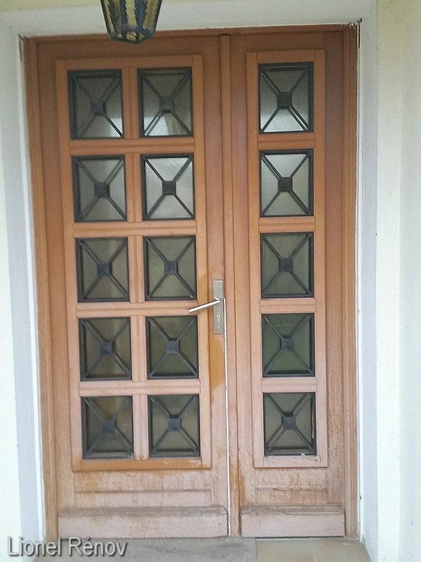 Peindre une porte d entre en bois peindre le bois avec de - Peindre une porte en pvc ...